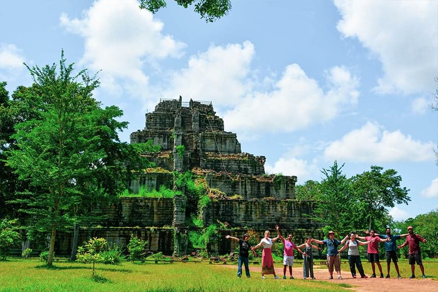 Koh Ker and Beng Mealea Tour